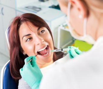 Dr. Palmer on Holistic Dentistry TMJ treatment near Greer begins with thorough investigation