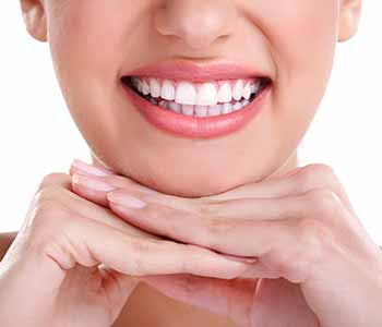 Get a stunning smile in Greenville SC with KöR whitening treatment